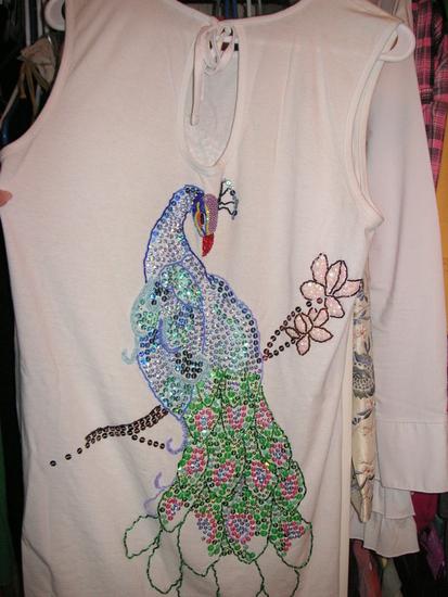 Вышивка пайетками на платьях фото