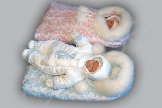 2. Комбинезон верхний - до 65 см. ослужит.  Мешок зимний тёплый на выписку - до 73 см.